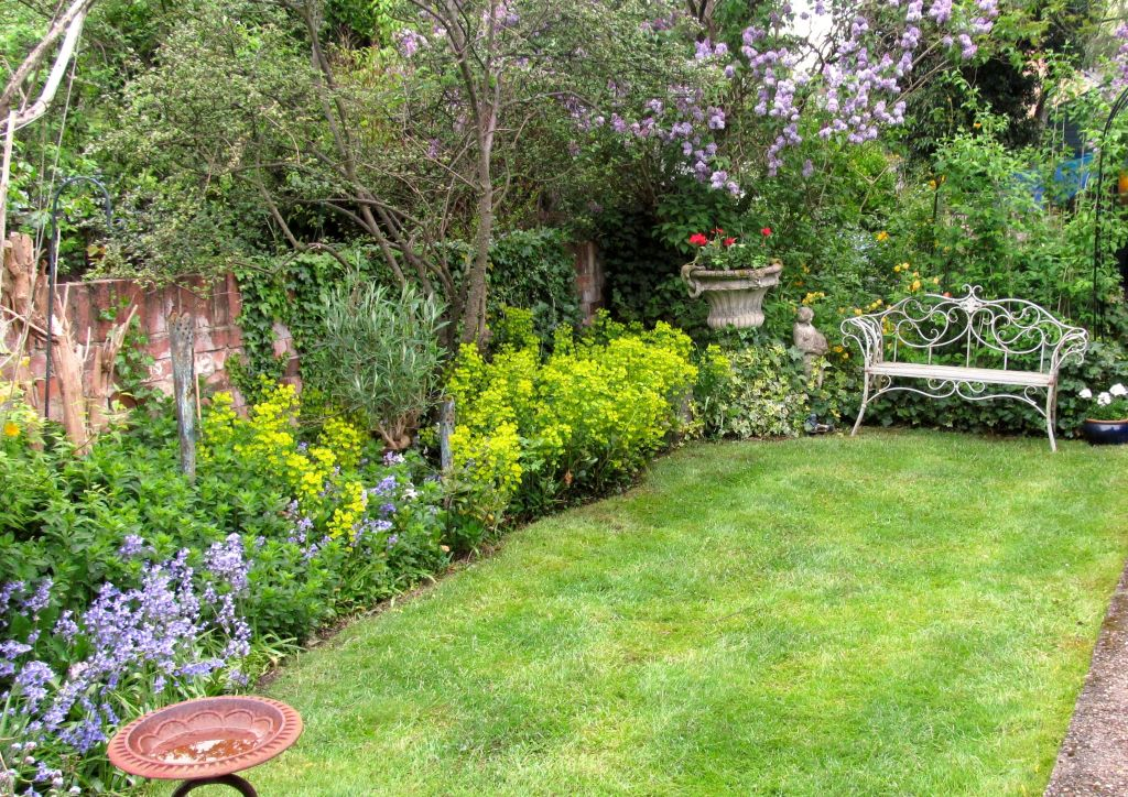 Pretty garden 03_15